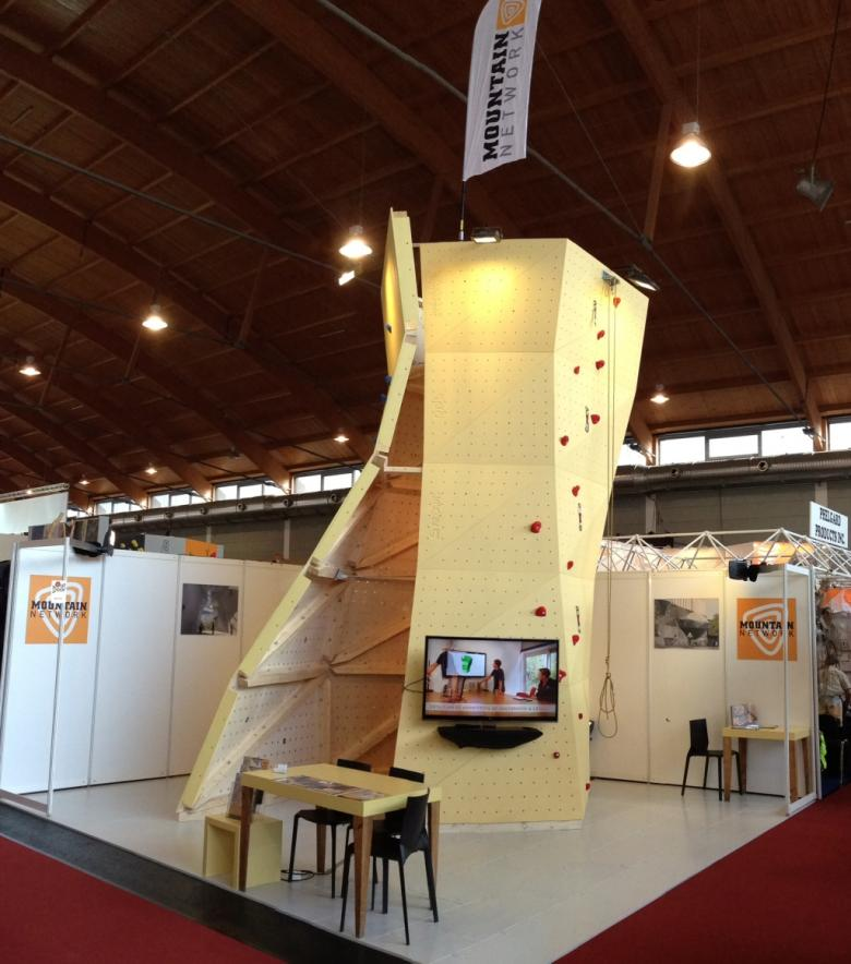 What Does Expo Stands For : Exhibition stand mountain network onl